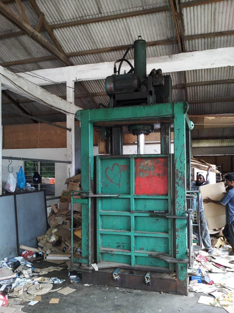 Hydraulic press 80 tonne . 4ftx4ftx 5ft.