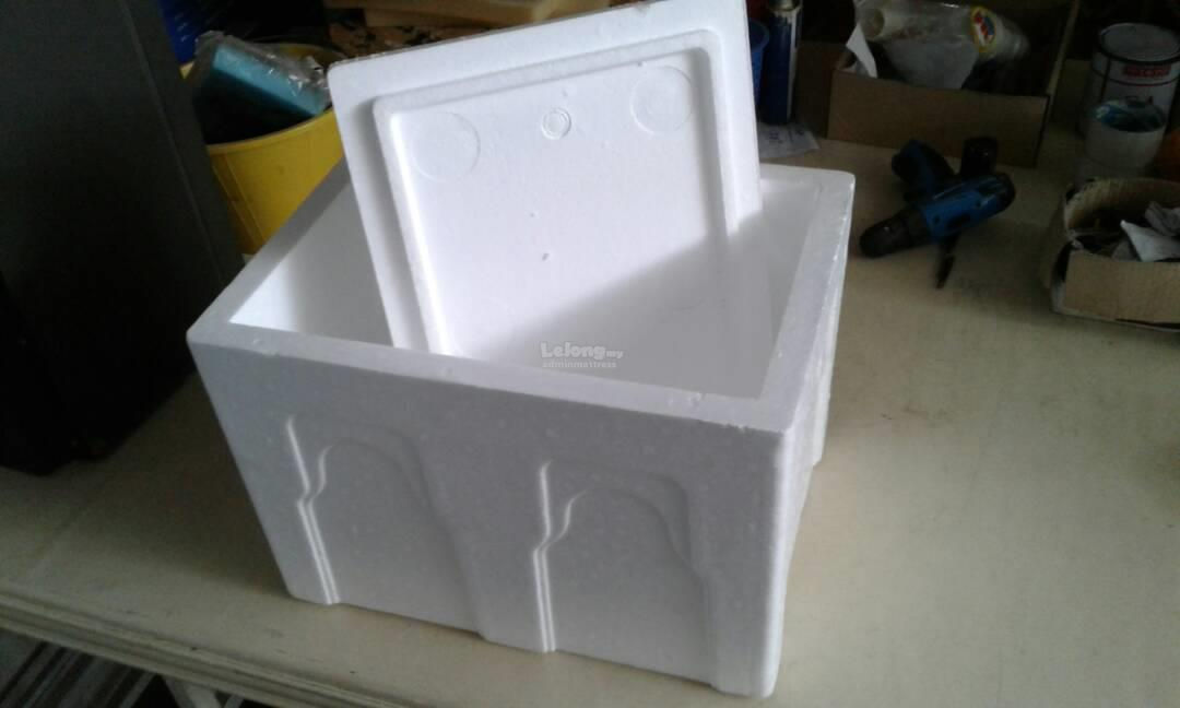 Ice fish foam box fresh products live food fruit