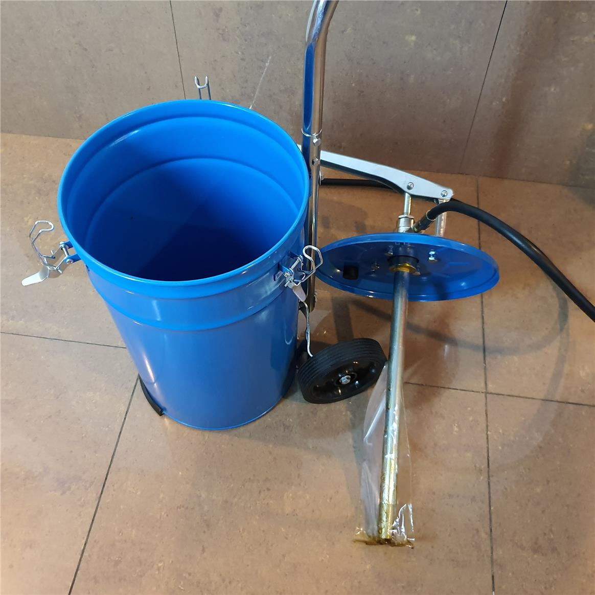 Icem TSD3030 20L Hand Operated Grease Pump ID31640