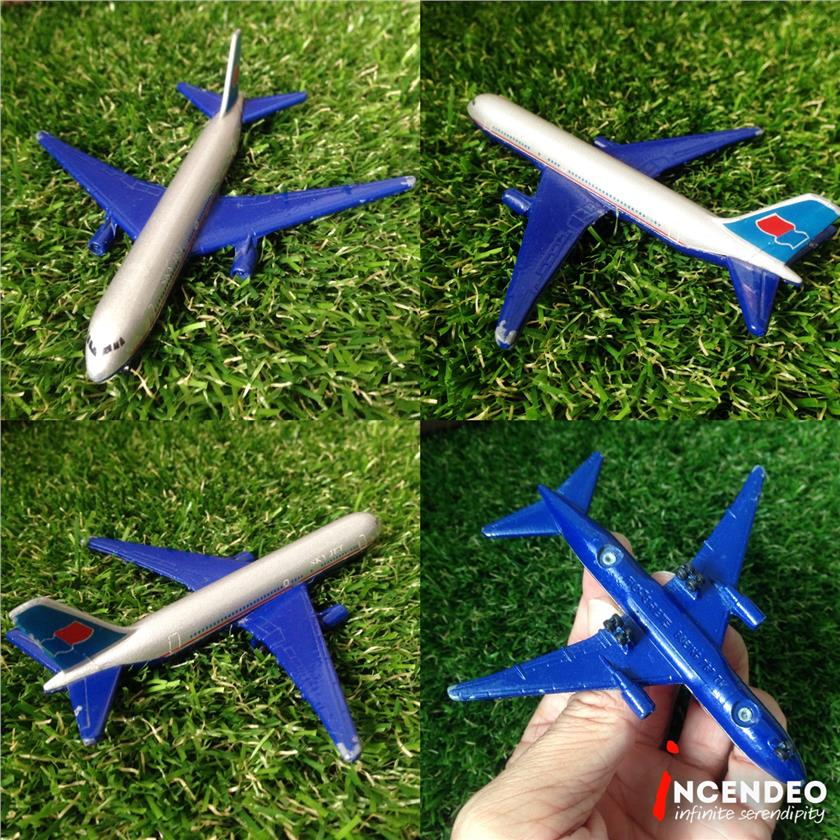 **incendeo** - majorette SkyJet Air Blue Boeing 767 Diecast Airplane