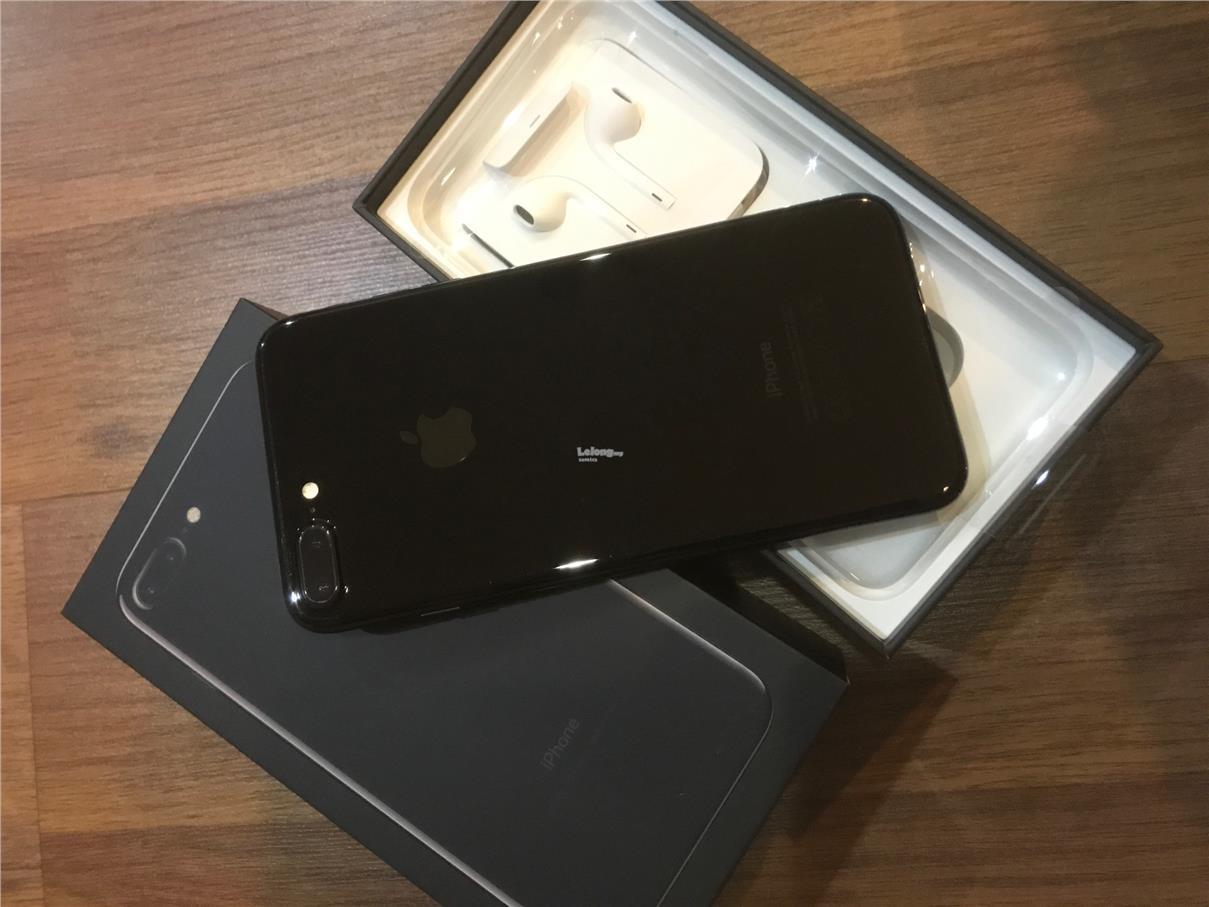 iPhone 7 plus 128GB Jet Black MY set