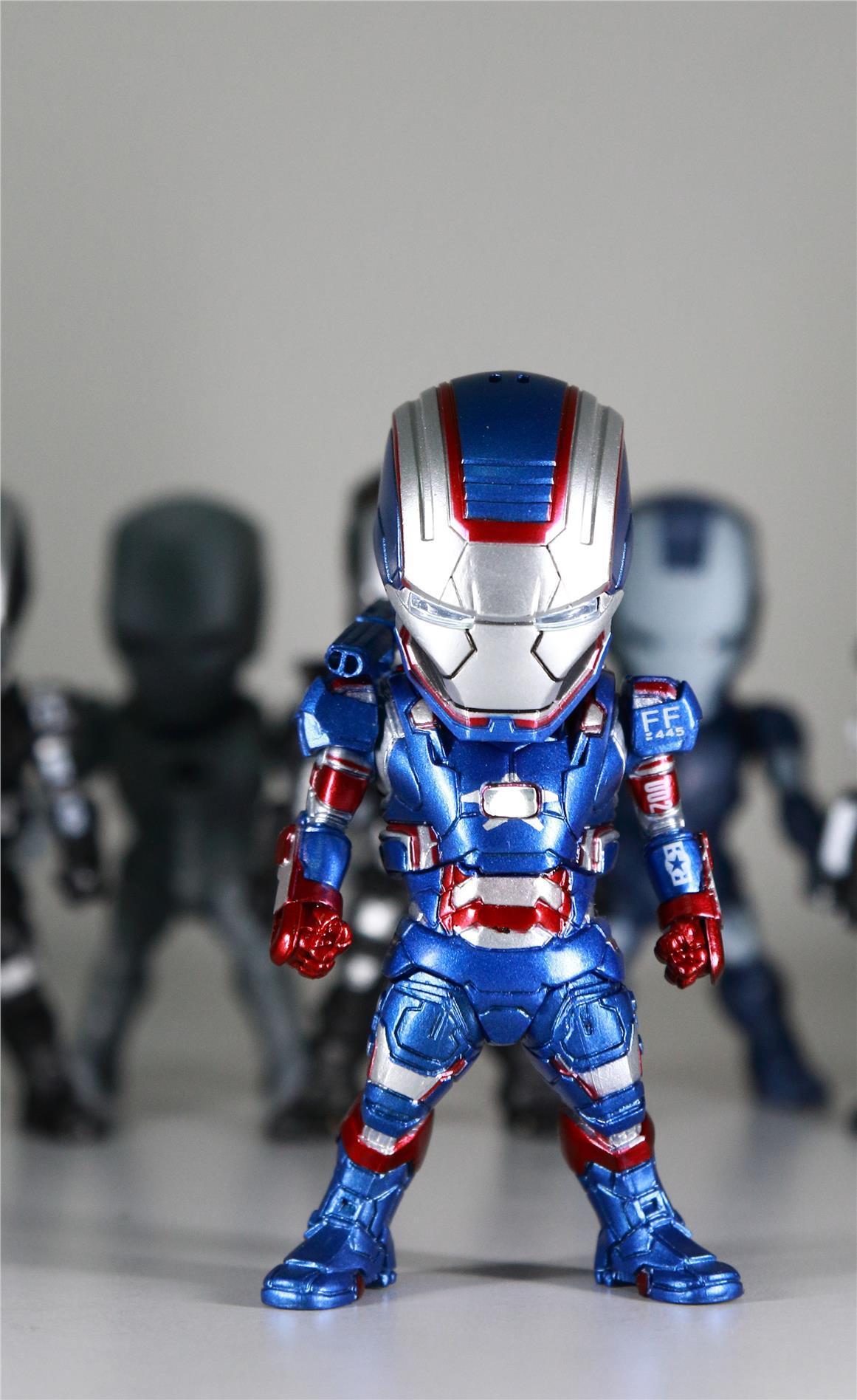 Iron Man 9cm IRON PATRIOT with LED light (Chest, Eye)