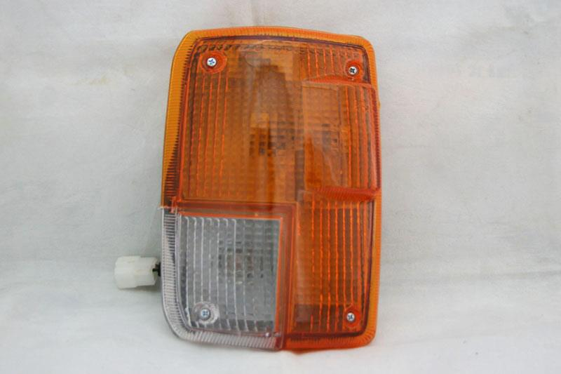 Isuzu Trooper 84 Corner Lamp