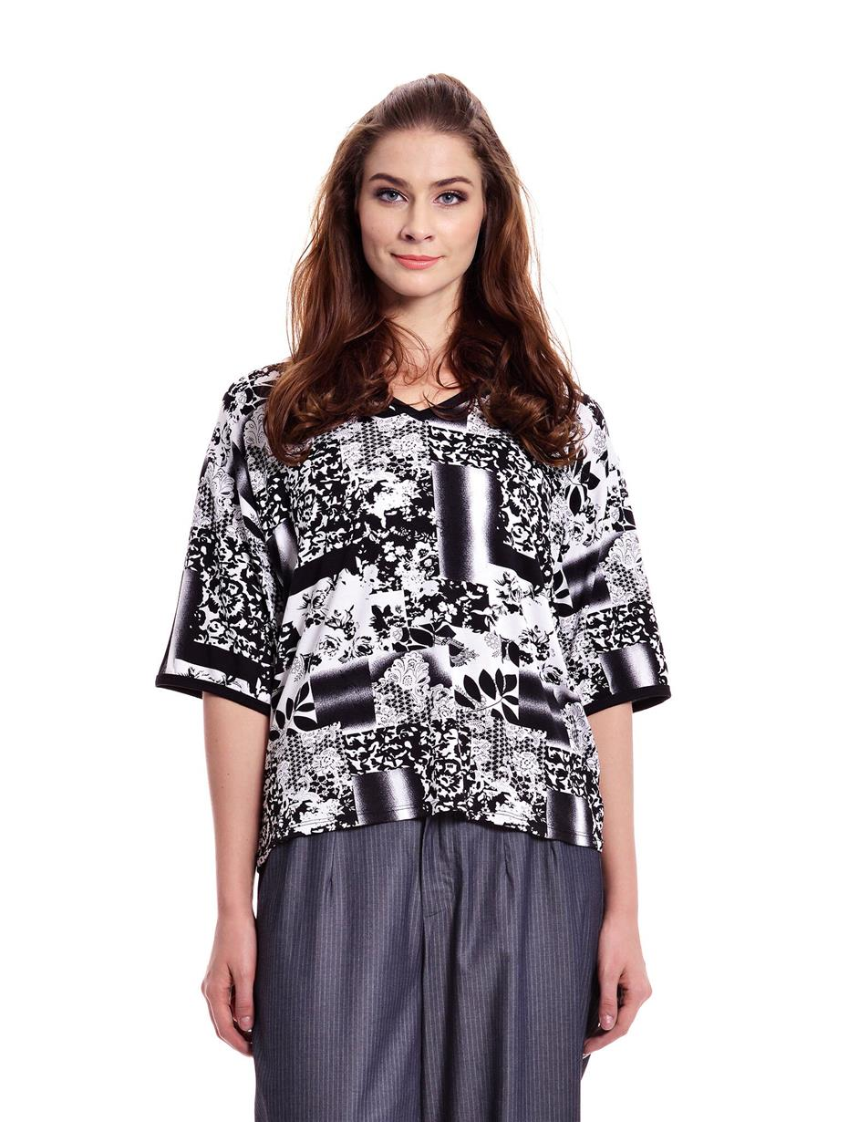 Jazz & Co Women Plus Size Black Printed Short Sleeve V-Neck Tee