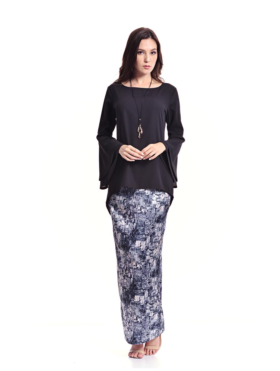 Jazz & Co Women Standard Size black flare sleeve baju kurung