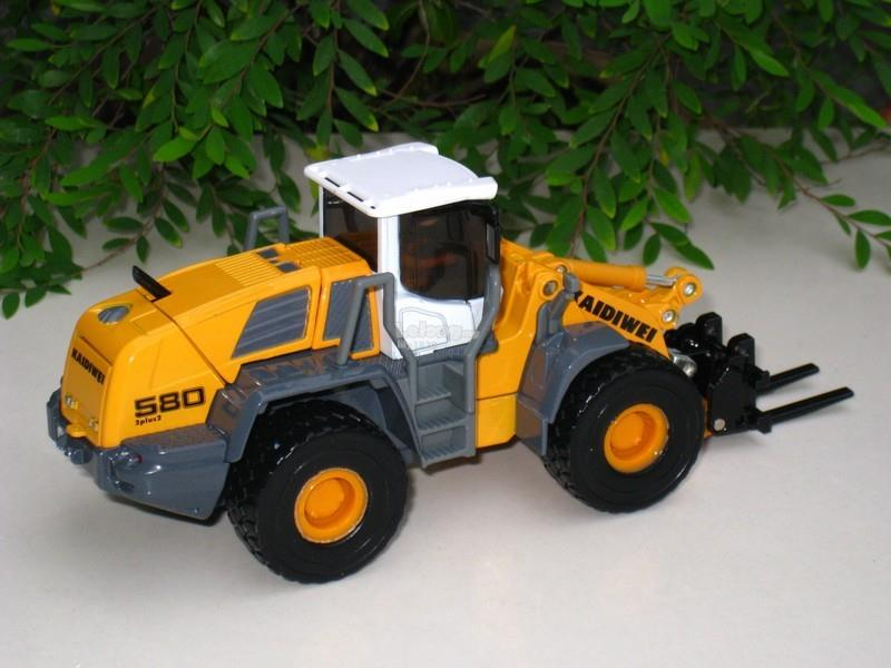 Kaidiwei 1/50 Forklift Loader Diecast Construction Vehicle