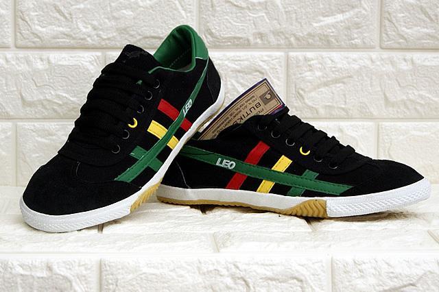 c27c277e63a Kasut Futsal LEO Original   8902  Black with Rasta Stripes. ‹ ›
