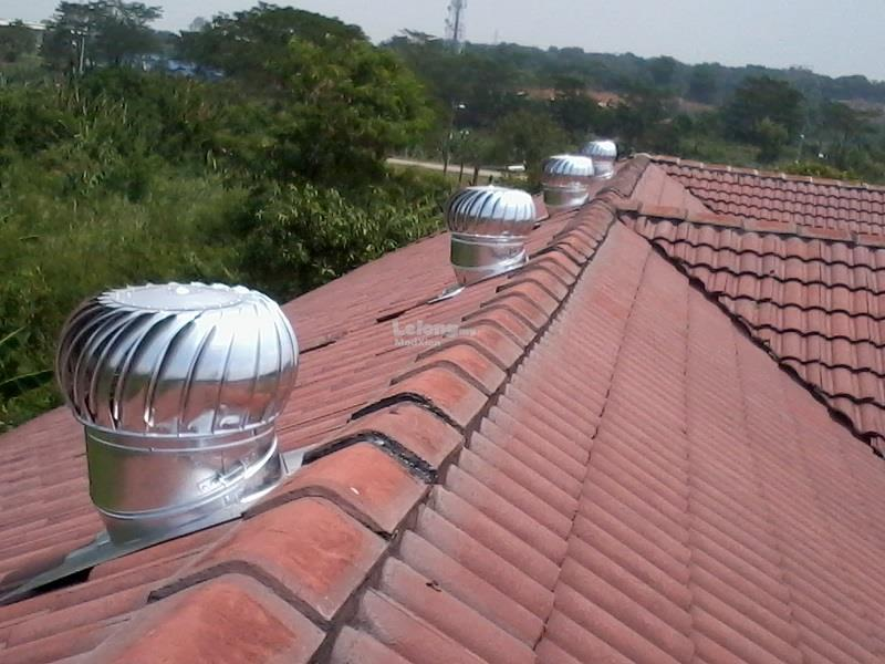 KELANTAN Installation of 2 Units 14 Inch US Wind Turbine Ventilator