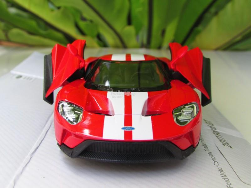 Kinsmart 5' (1/38) Diecast Metal 2017 Ford GT (Red)