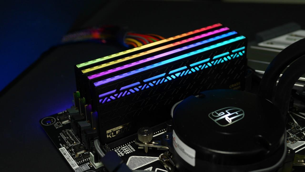 رام RGB - سعر وتاريخ اطلاق رام DDR5