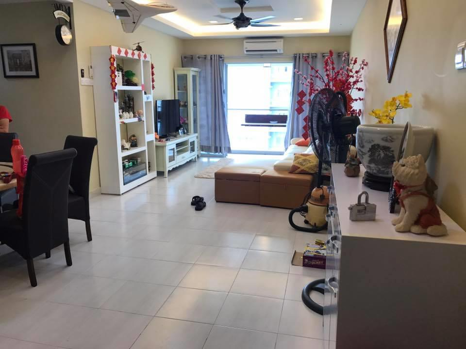 Koi Kinrara Condo for sale, 1221sf, 2 Car Parks, Renovated, Puchong