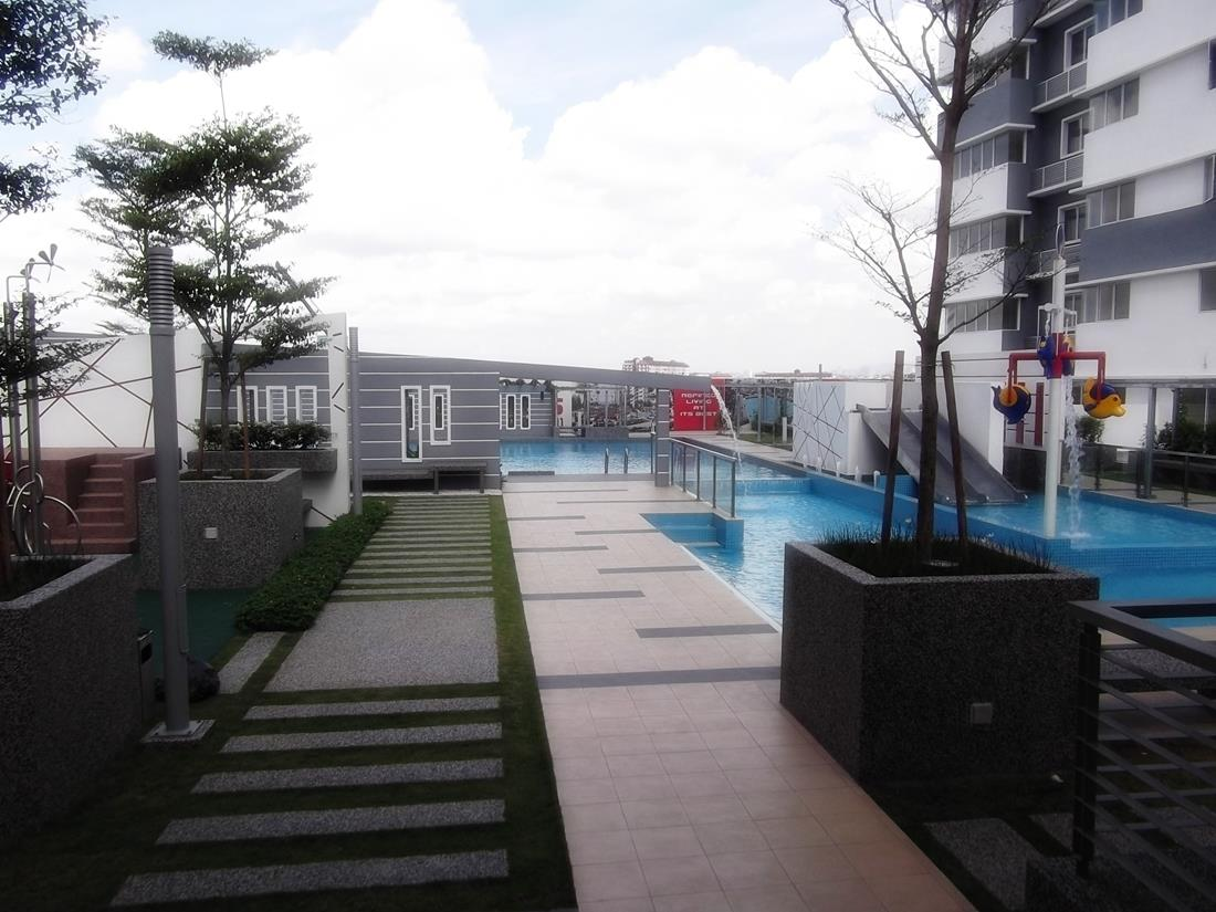 Koi Kinrara Condo for sale, 2 Car Parks, With Balcony, Puchong Jaya
