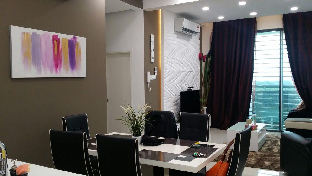 KU Suites 1097sf for sale, 2 Car parks, Renovated, Kota Kemuning, S.A