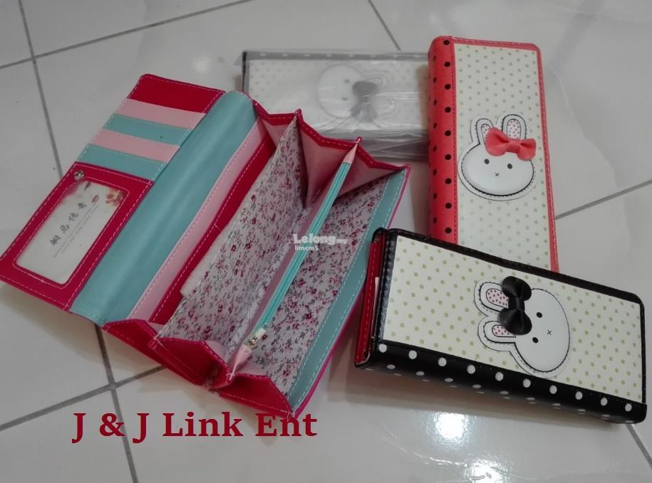 Ladies Mutiple Pocket Wallet (RABBIT)