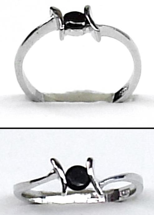 Ladies Silver Pleated Fashion Ring With Stone (2)