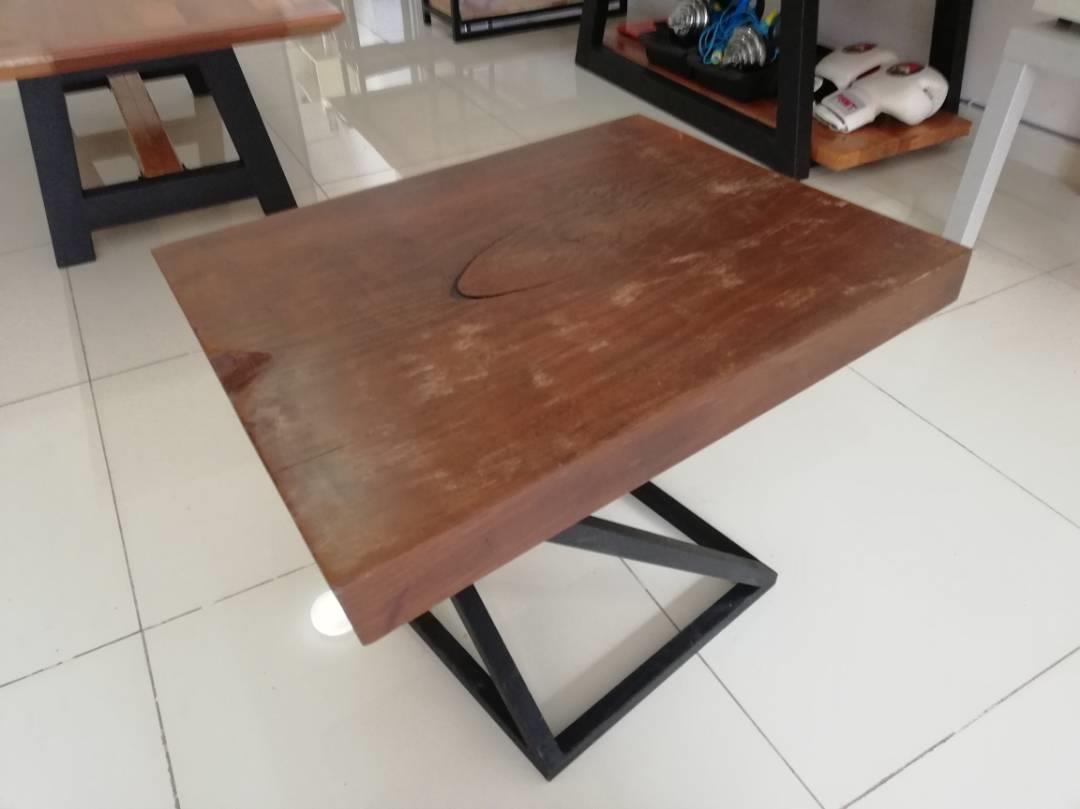 Ladubee Coffee/Side Table (Cengal Wood Slab)
