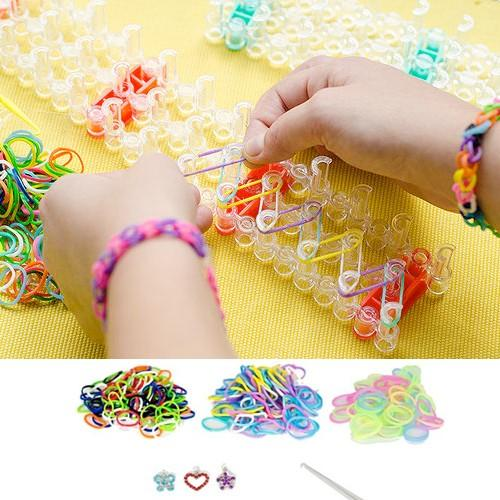 The latest DIY Bracelet Making Kit: Fun Loom Bands / Rainbow Loom.