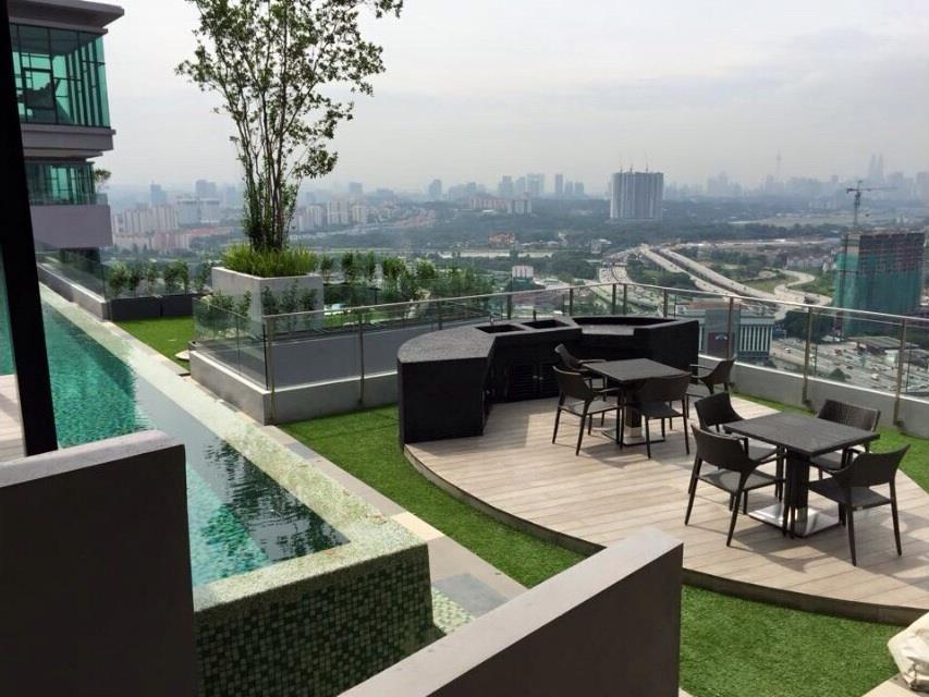 The Leafz Condo for sale, Duplex, 2 Car Parks, KLCC View, Sungai Besi