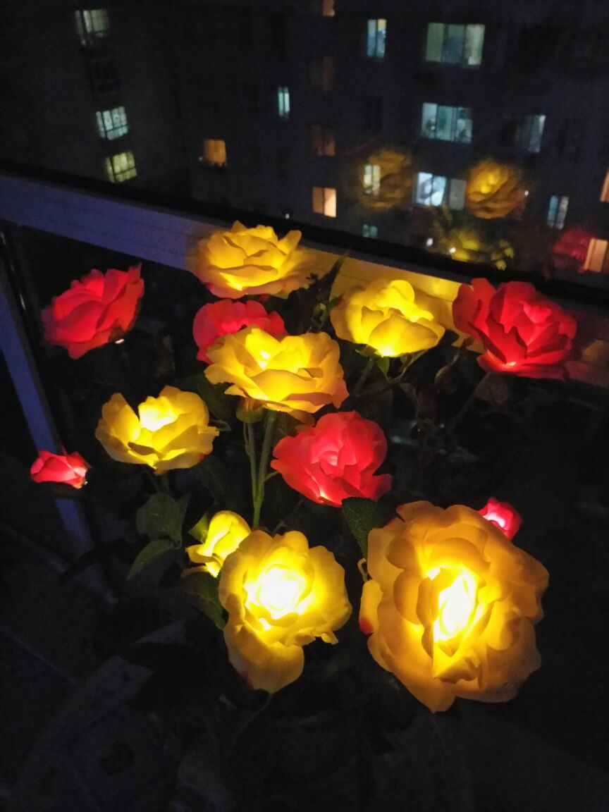 LED Outdoor Rose Flower Solar Light Garden Decoration Flower Light