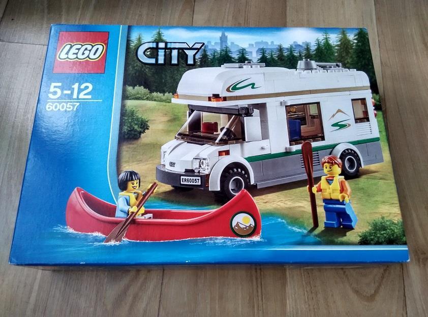 Lego City 60057 Camper Van (end 11/16/2017 9:15 PM)