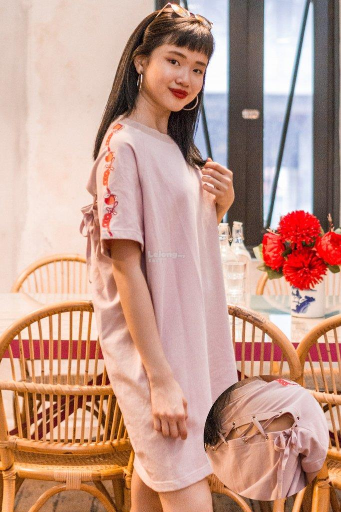 47d3cb3d00d3 Leola T-shirt Dress with Chinese Embroidery Motif in Dusty Pink. ‹ ›