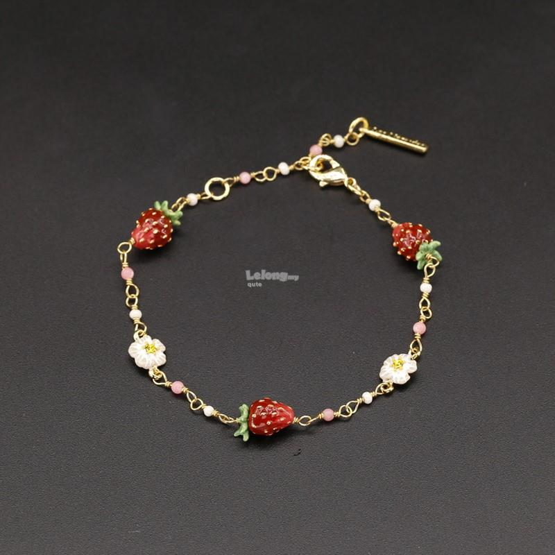 Les Nereides 2018JL – Strawberry and White Flower Charms Bracelet