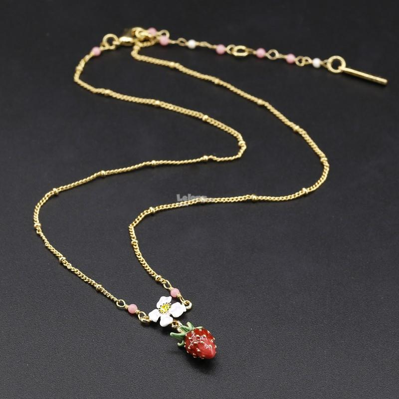 Les Nereides 2018JL – Strawberry and White Flower Charms Necklace