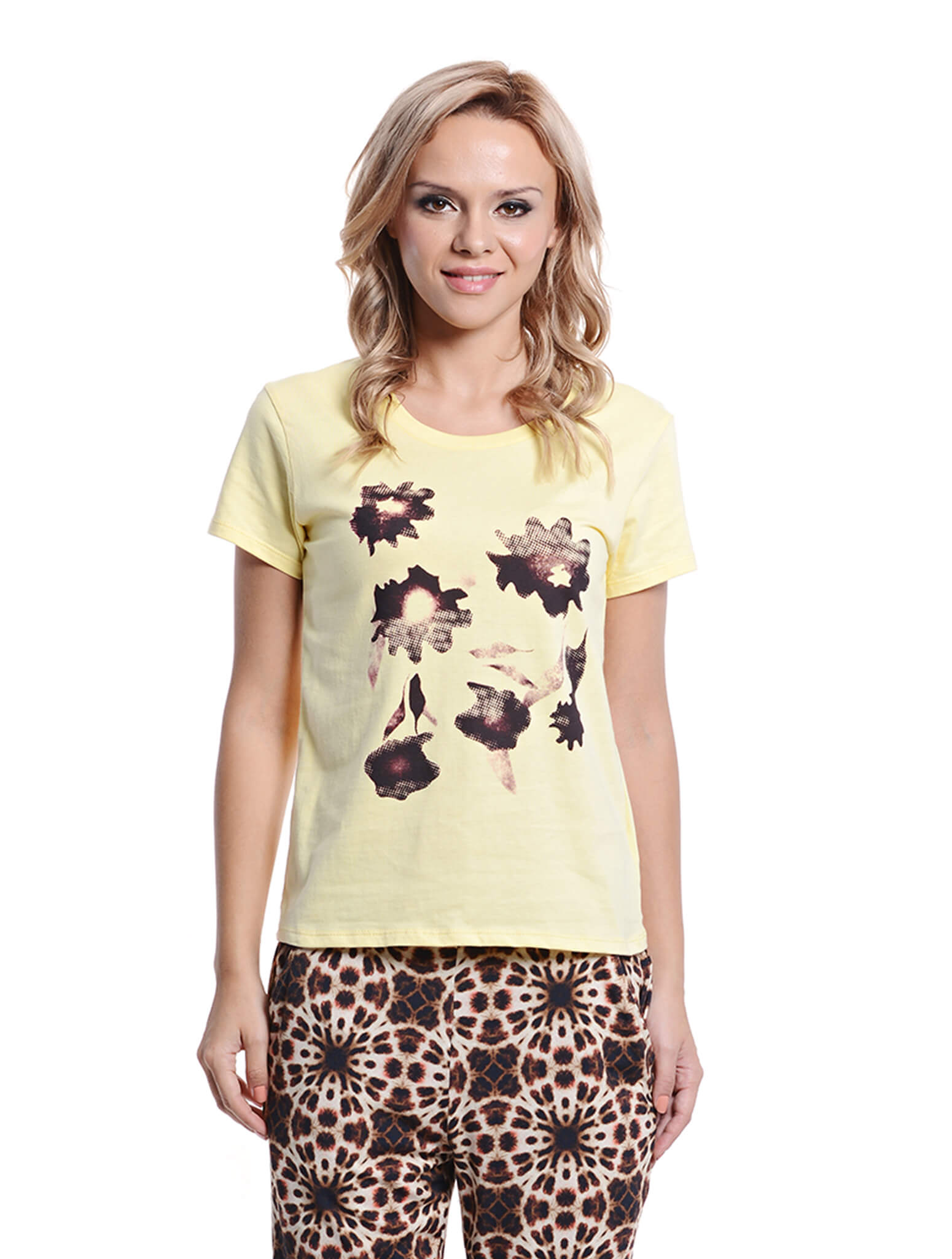 light yellow short sleeve tee