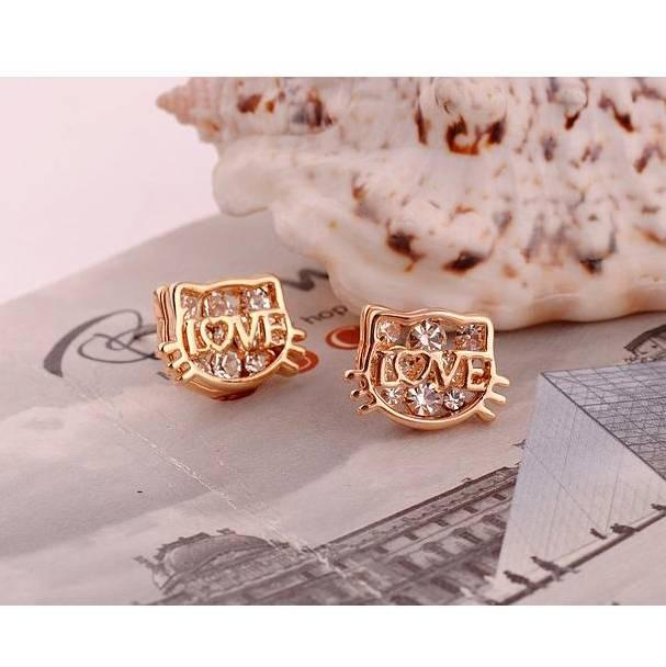 LOVE - Hello Kitty Earrings