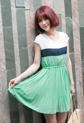 Lovely Chiffon Pleated Dress (Green)