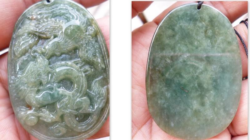 LOVELY  PHEONIX  DRAGON  JADE PENDANT