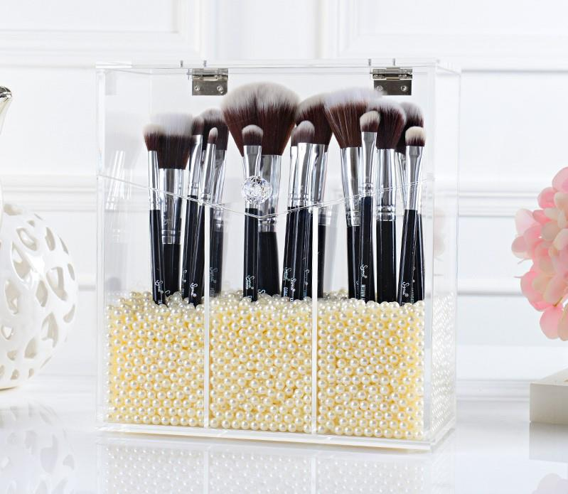 Luxe 3 Grid Acrylic Makeup Brush Holder Cosmetic Storage Box With Lid. U2039 U203a