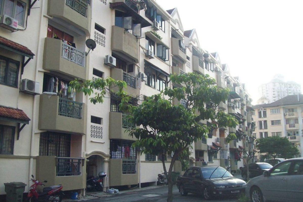Makmur Apartment for sale, Corner, 2nd floor, PJS 8, Bandar Sunway