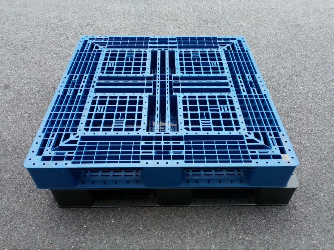 Used Medium Duty Plastic Pallet - 1200mm x 1000mm