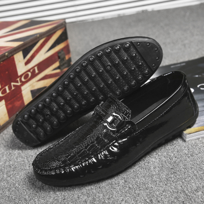 a305fbc858a Men's Casual Shoes Crocodile Pattern Bright Leather Business Trend Sho