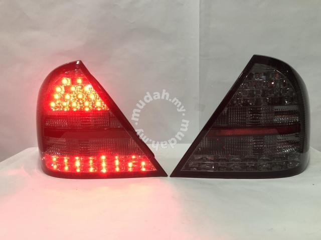 Mercedes Benz C Class W203 00-04 Led Tail Lamp