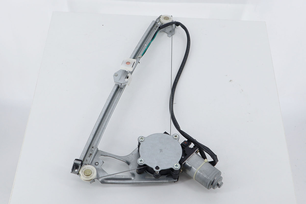 Mercedes Benz W201 83-93 Rear Windows Regulator with Motor