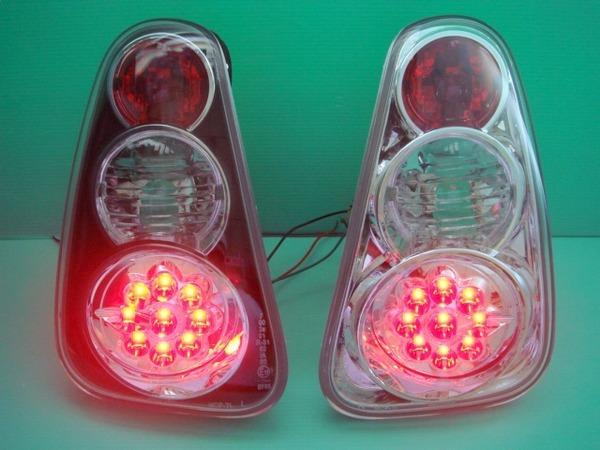 MINI COOPER '01-06 R50 / R52 / R53 LED Tail Lamp [Black or Clear]
