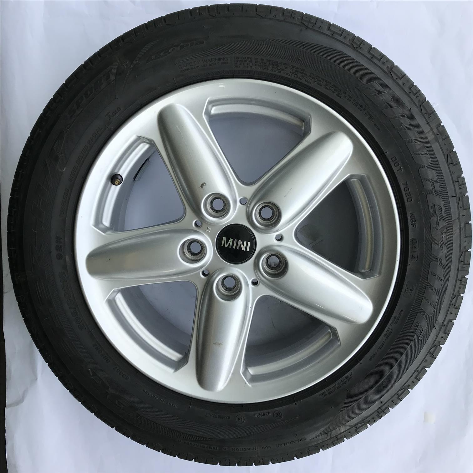MINI ORIGINAL SPORT RIM & TYRE
