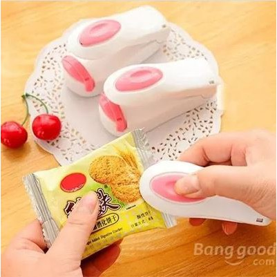 Mini Sealer Plastic Bag Heat Sealing Machine Food Bag Sealer White