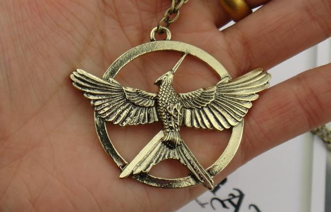 Mm the hunger games mockingjay neck end 662017 415 pm mm the hunger games mockingjay necklace aloadofball Images