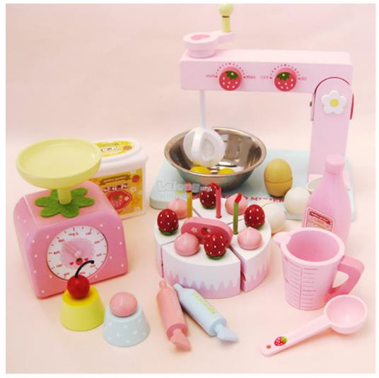 Mother Garden Wooden Strawberry Cake (end 4/9/2017 2:15 PM)
