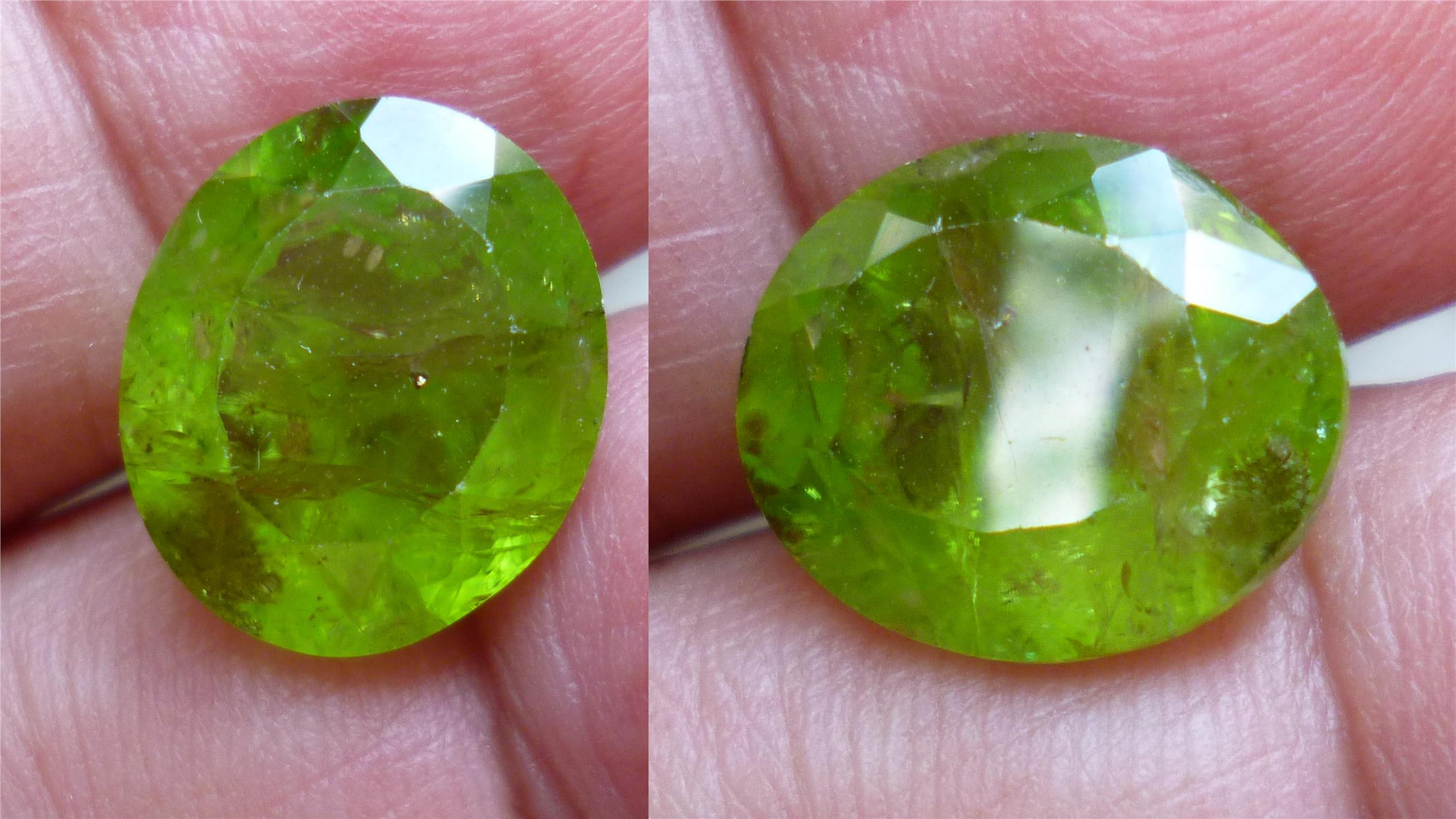 NATURAL GREEN PAKISTAN PERIDOT OVAL