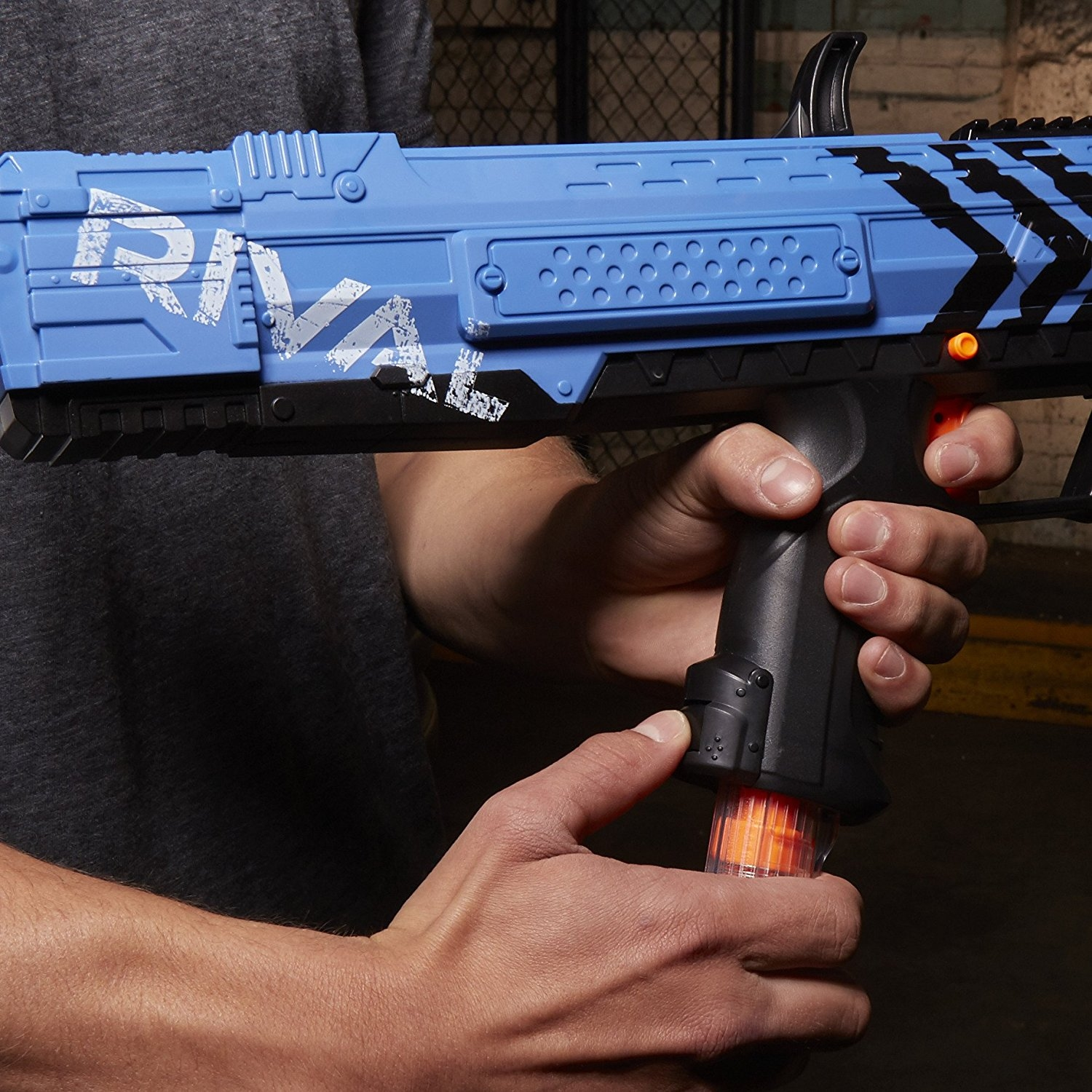 Nerf Rival Apollo XV-700 and Face Mask (Blue)