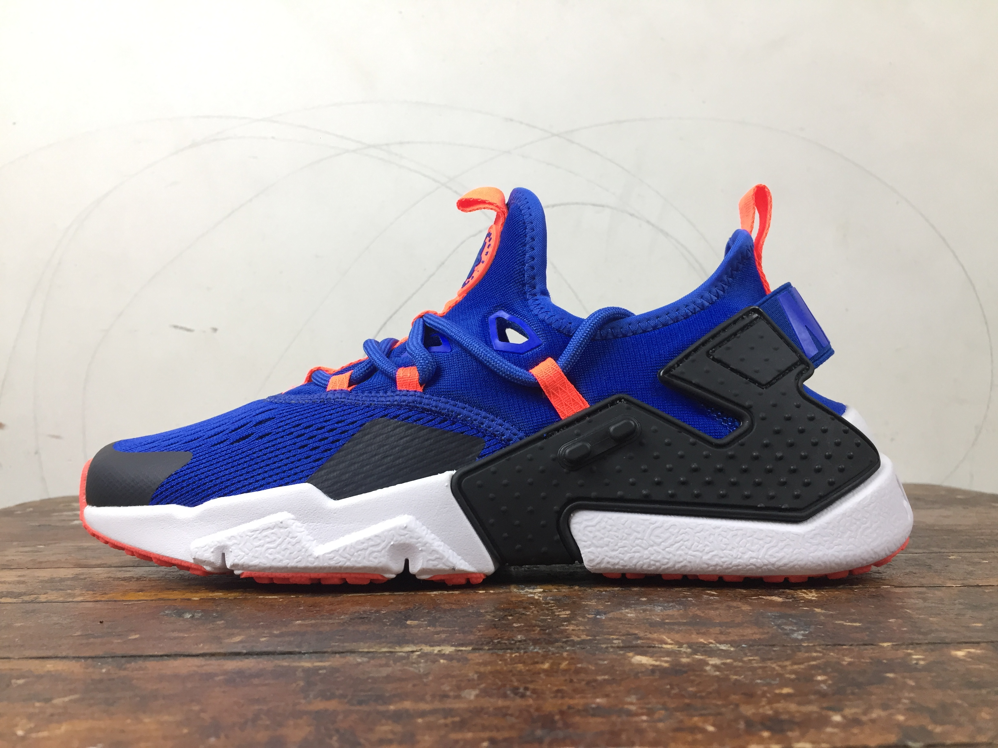 NIKE AIR HUARACHE DRIFT BLUE ORANGE. \u2039 \u203a