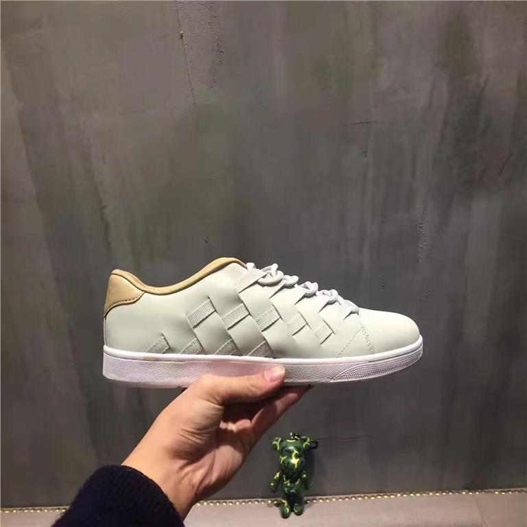 huge discount 3cb14 d6b22 Nike Classic Woven Couple Shoes Casu (end 2 16 2018 3 16 PM)