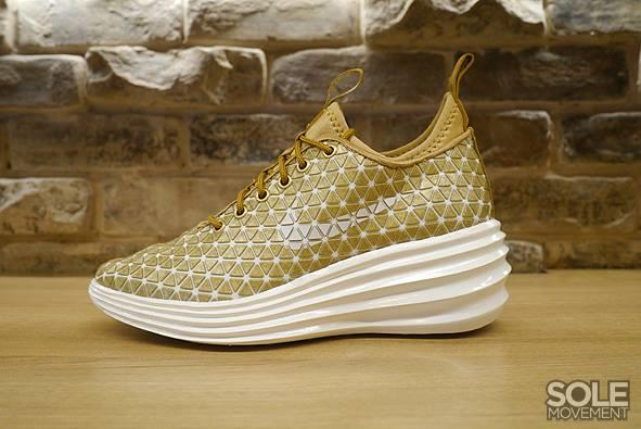 innovative design 839a7 89358 ... Nike Lunar Elite Sky Hi QS City Pack Gold . ...