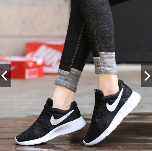 Nike Roshe Run Men Women Running Shoe (end 5 5 2020 1 15 PM) 9af1d2622
