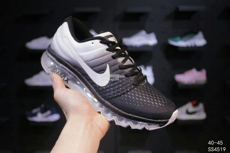 Nike Shoes NIKE AIR MAX 2017 2. ‹ ›