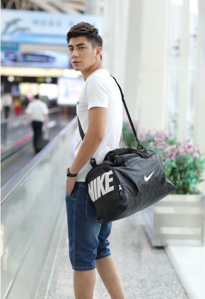 Nike Team Training Small Duffel Bag Man Sports Basketball